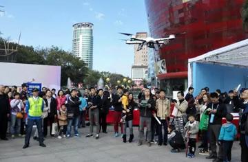 深圳警营开放日引50万人参观,全场人气之星当属AEE无人机