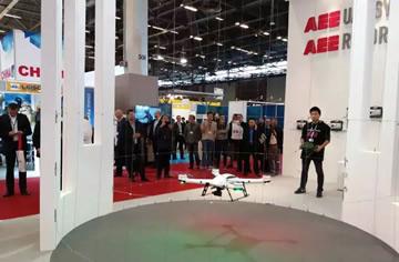 巴黎国际军警展,中国无人机向世界展示反恐利器